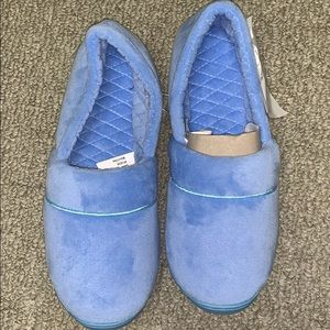 Charter Culb Women's Slippers Ice Blue new